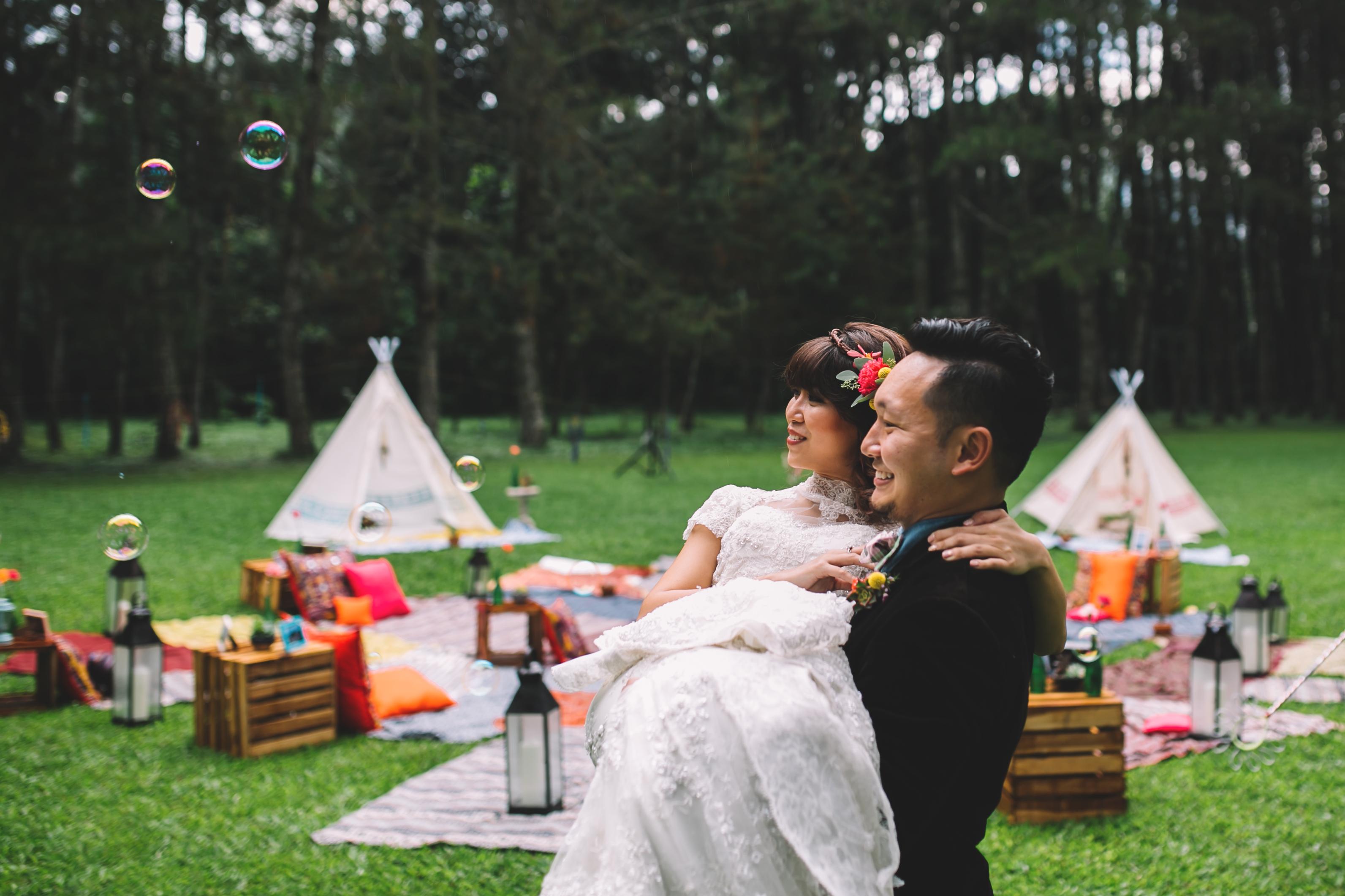 isabel-mengtat-boho-wedding-in-bandung-186