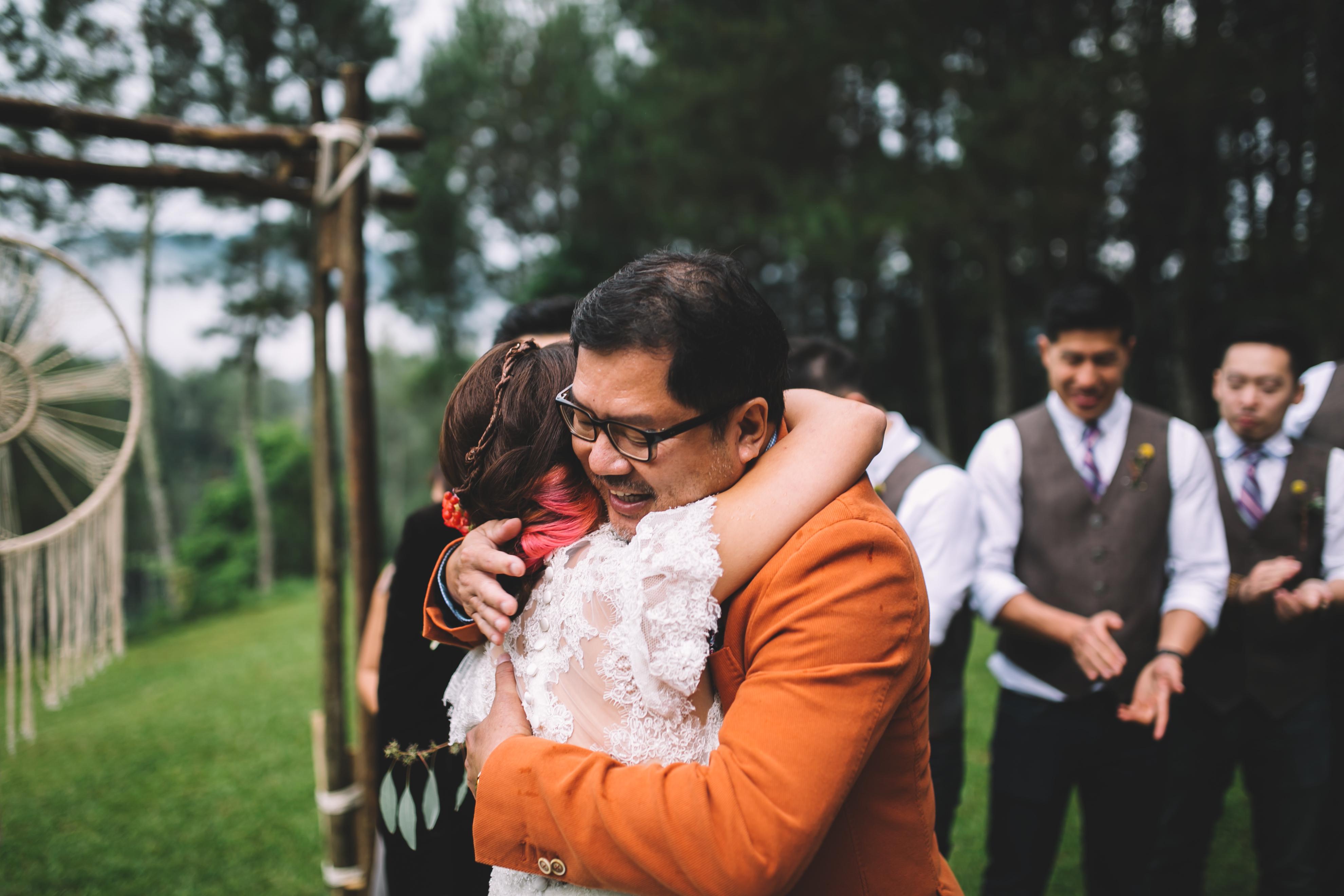 isabel-mengtat-boho-wedding-in-bandung-213