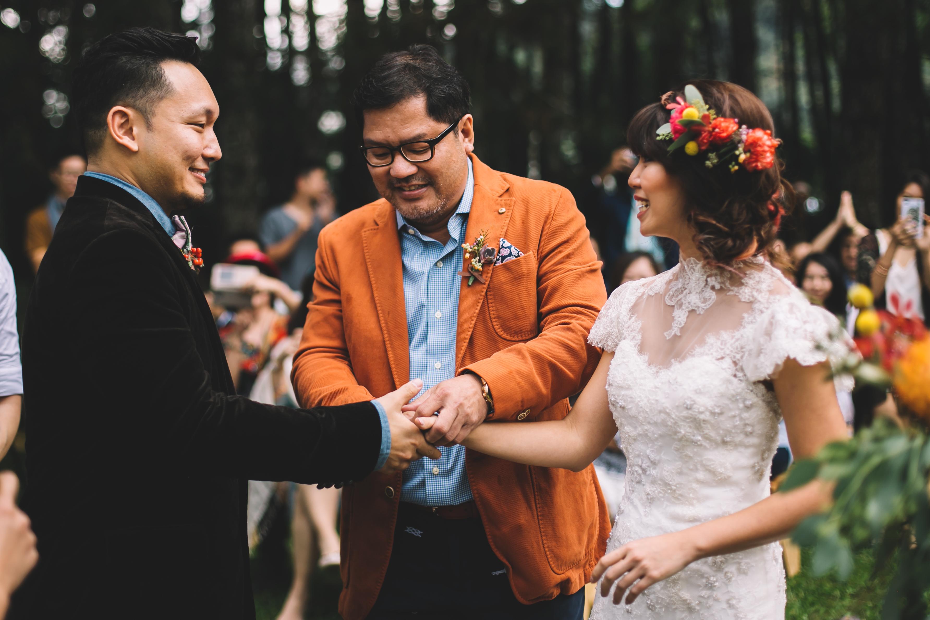 isabel-mengtat-boho-wedding-in-bandung-214