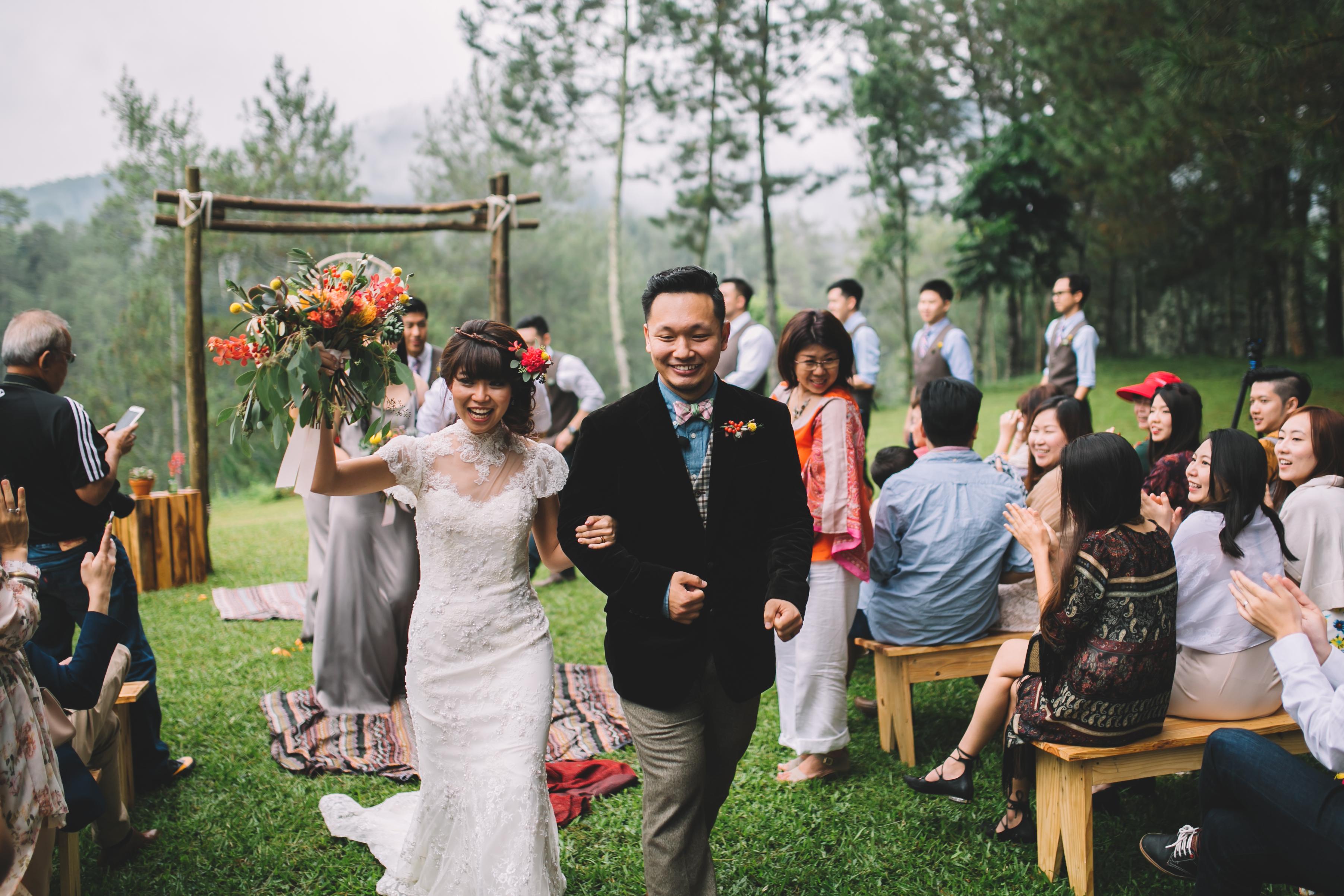 isabel-mengtat-boho-wedding-in-bandung-235