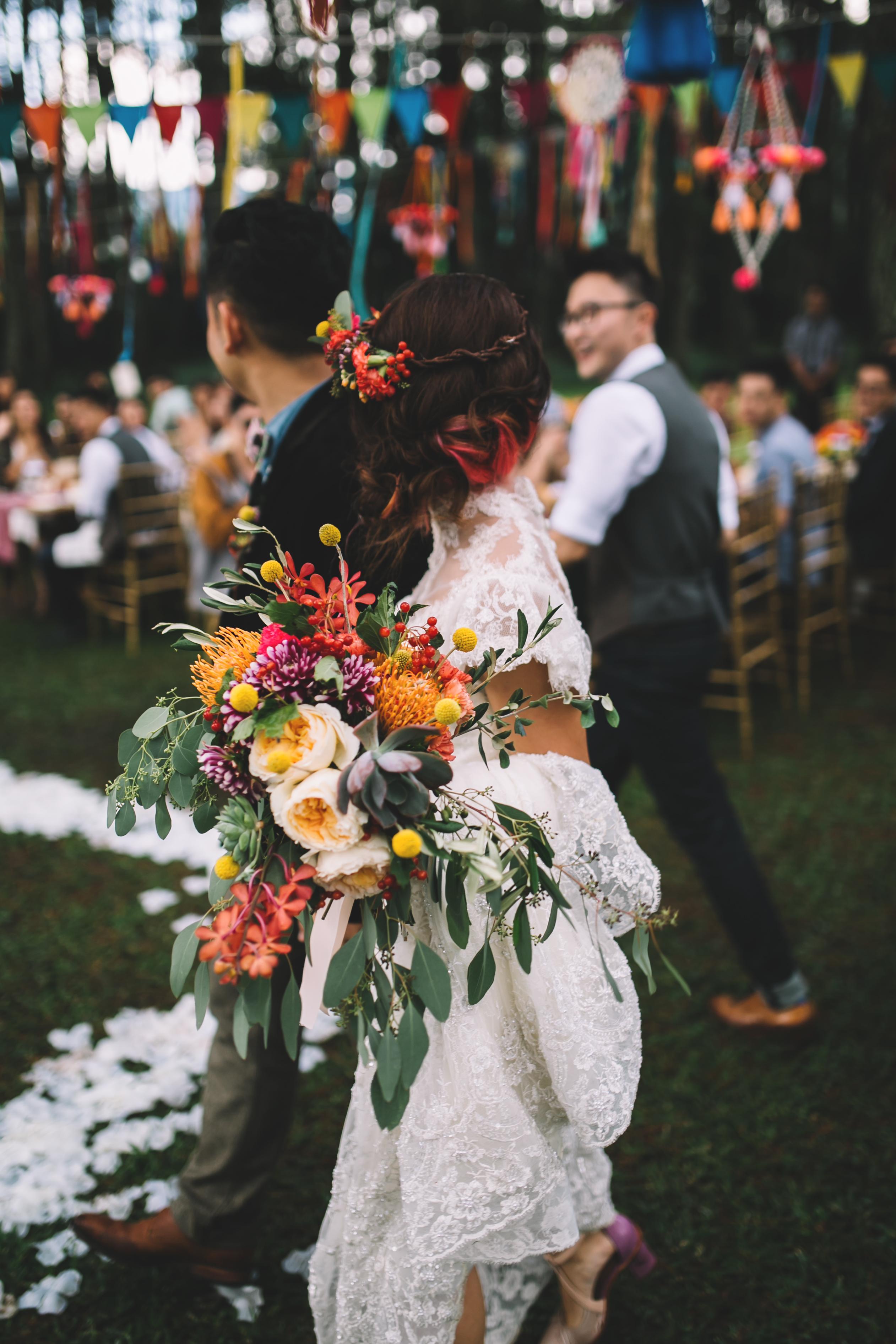isabel-mengtat-boho-wedding-in-bandung-251