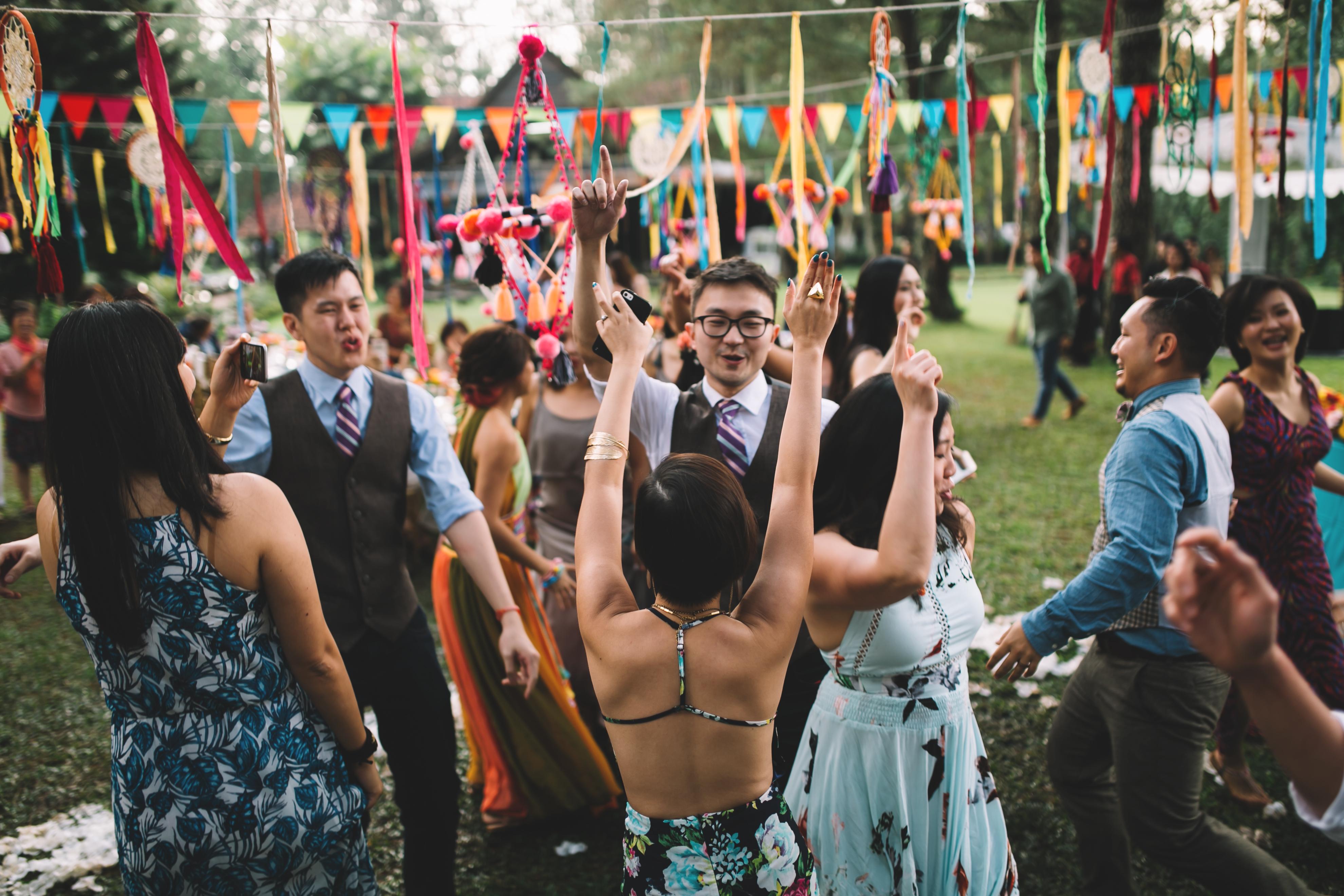 isabel-mengtat-boho-wedding-in-bandung-321