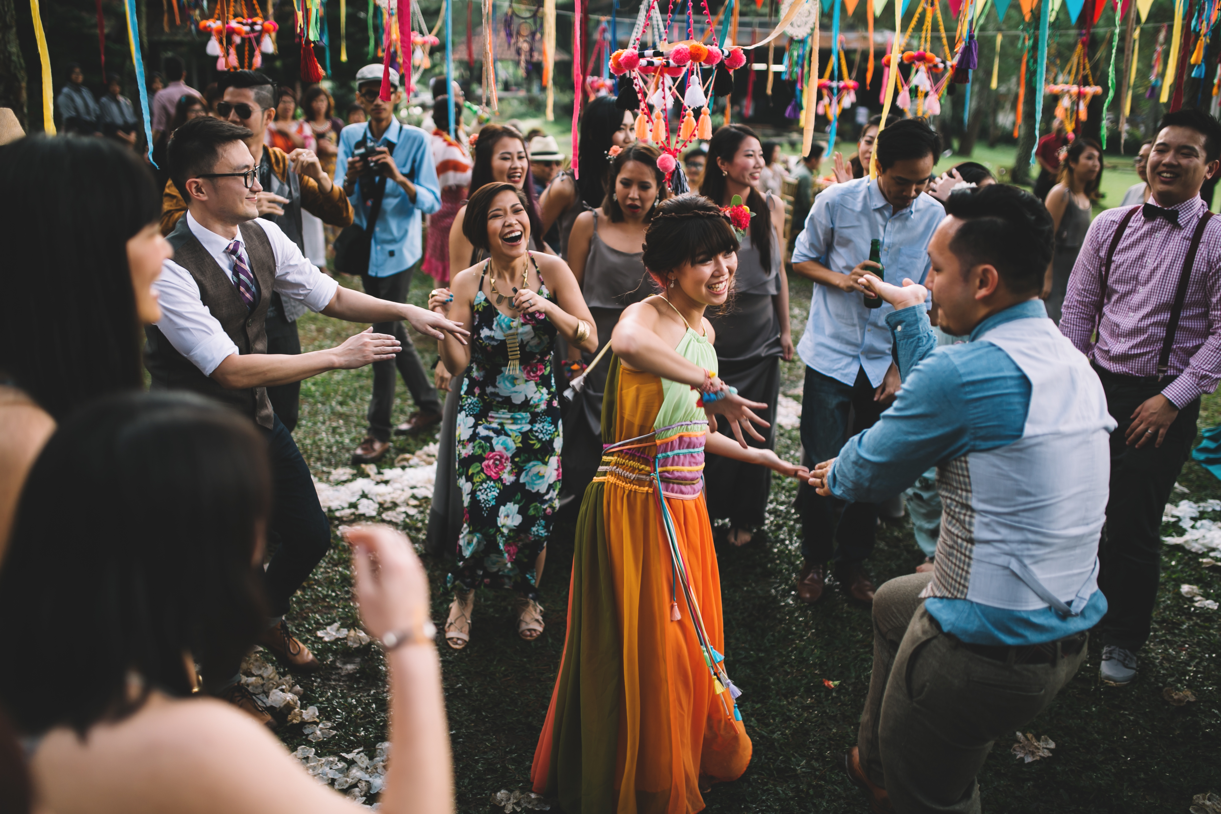 isabel-mengtat-boho-wedding-in-bandung-326