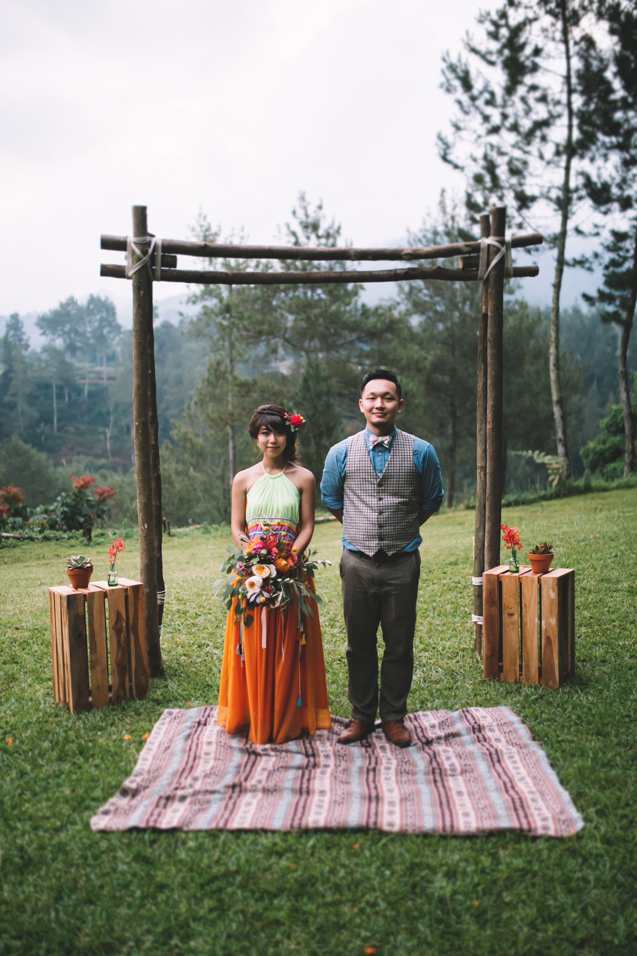 isabel-mengtat-boho-wedding-in-bandung-383