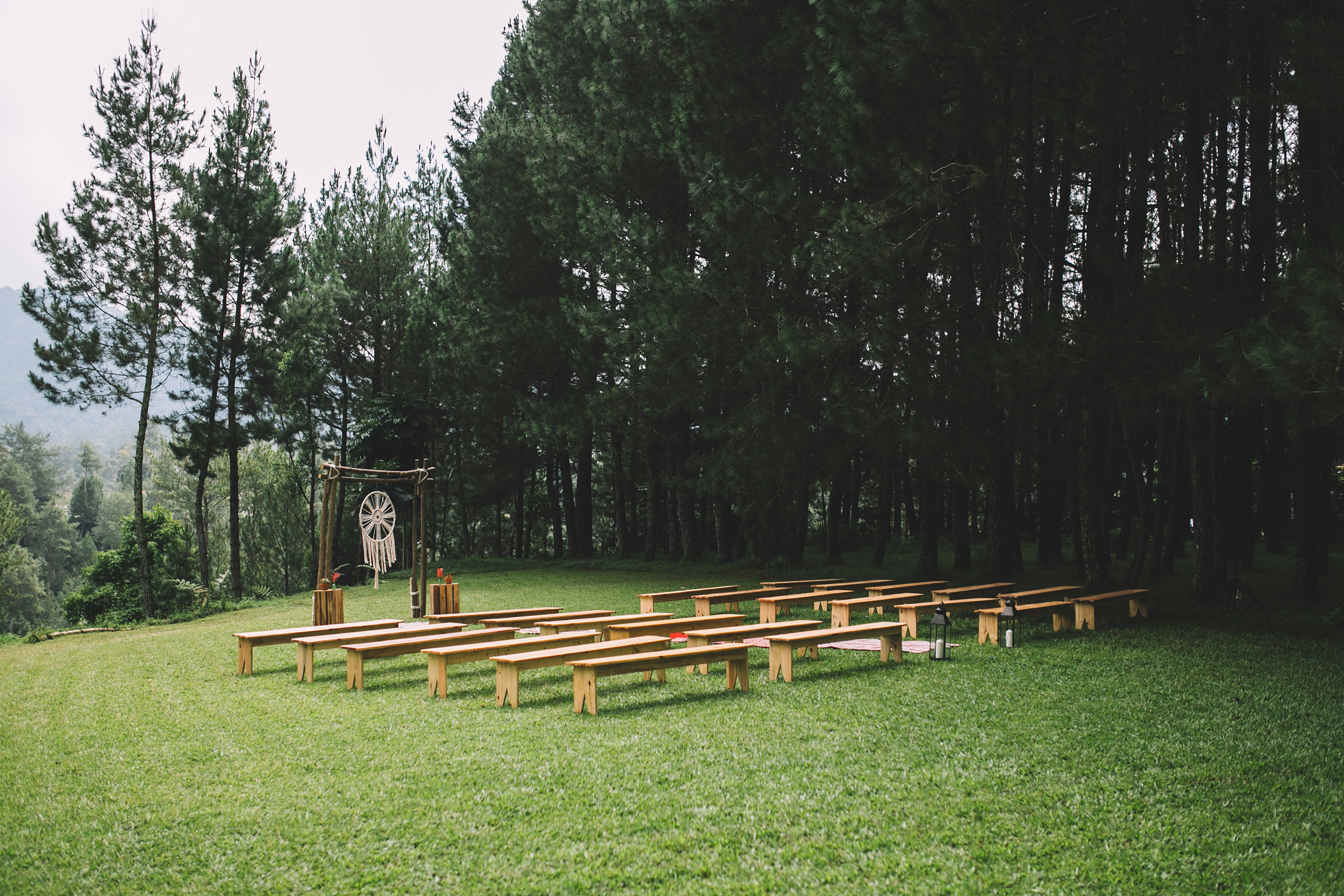 isabel-mengtat-boho-wedding-in-bandung-93